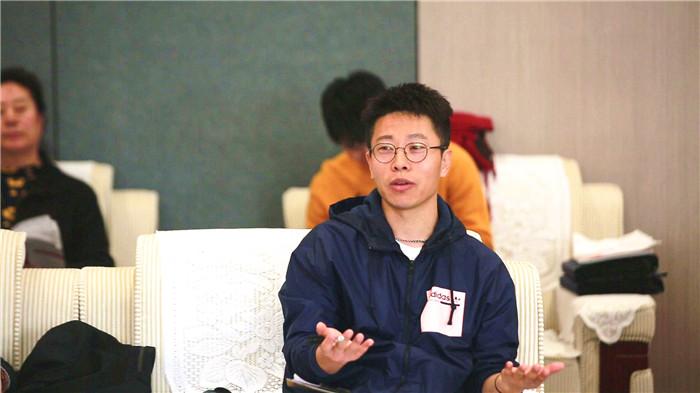 杨天东:中国传媒大学博士,电影资料馆电影杂志主编.jpg